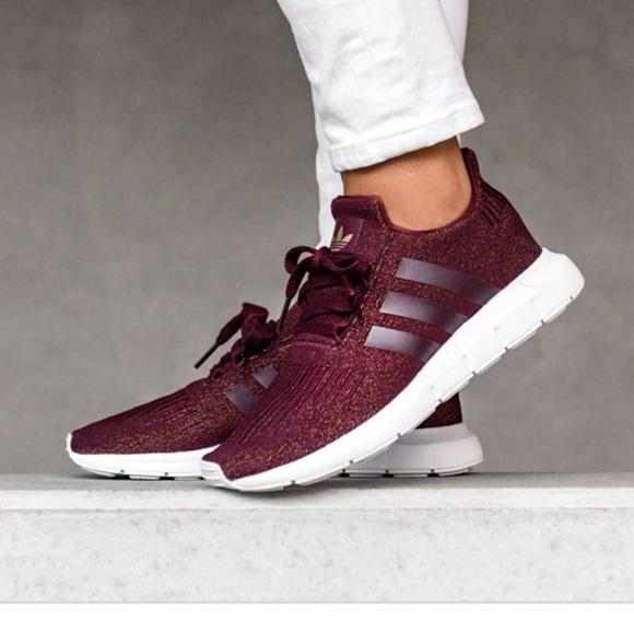 1bcd7bca98473 adidas Shoes - Adidas Women swift Run Marron Size 8 1 2